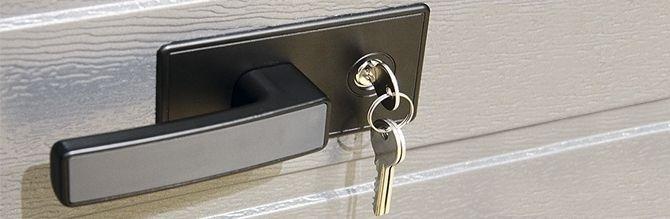 Alutech TREND garázskapun kilincs és zár, kulccsal