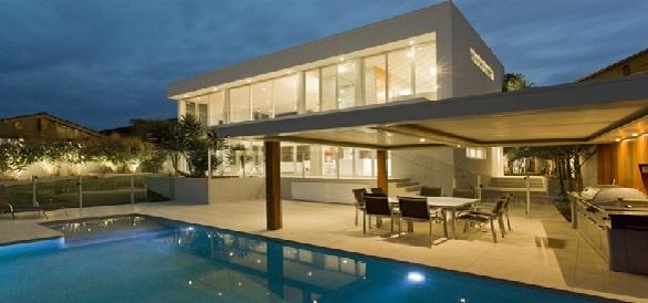 Luxus ház